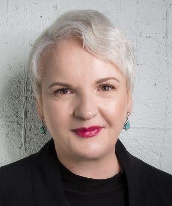 Social Poster Con - Martina Fuchs